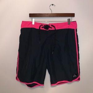 QuikSilver Black & Pink Swim Trunks size waist 33